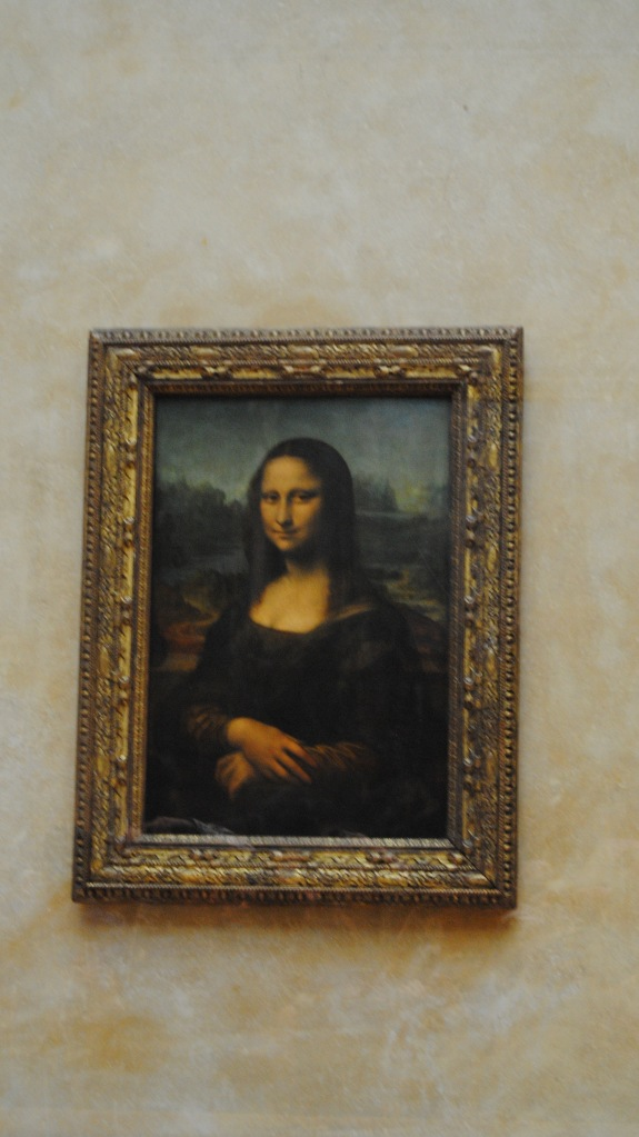 The Mona Lisa is all her glory.