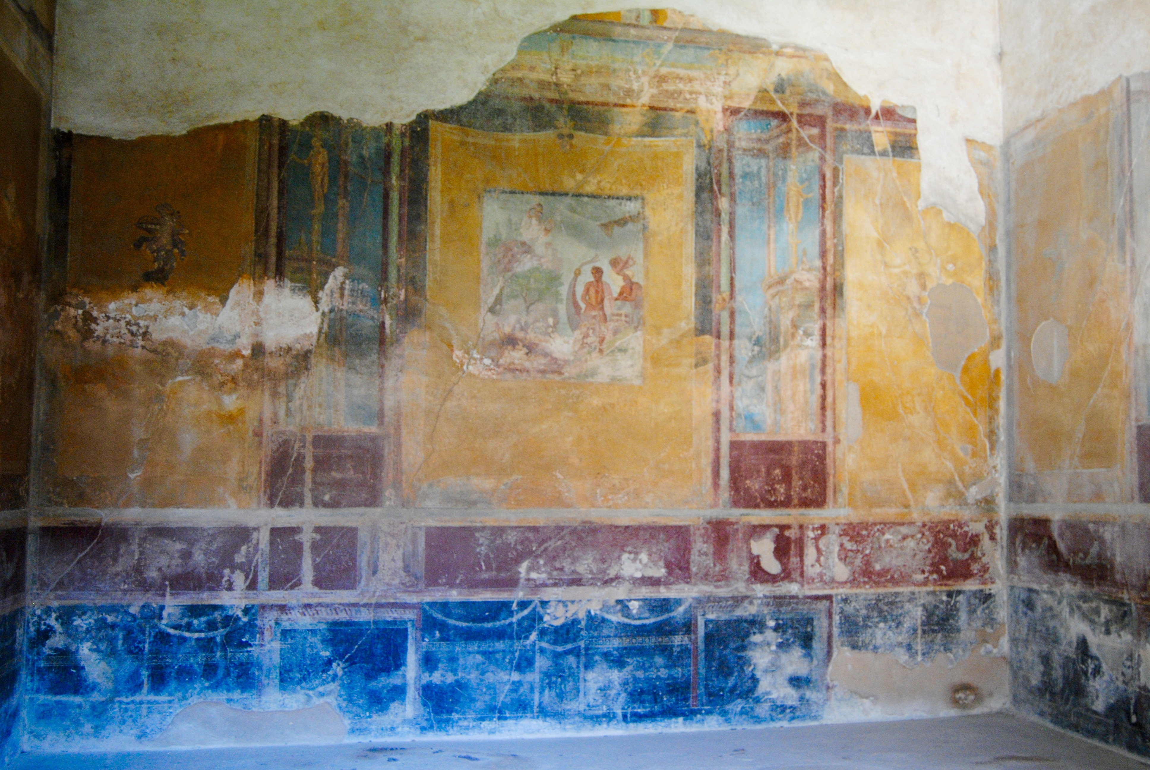 The frescoes inside one of the houses.